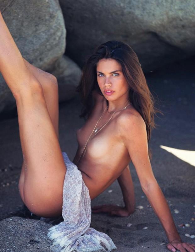 сара сампайо фото голая