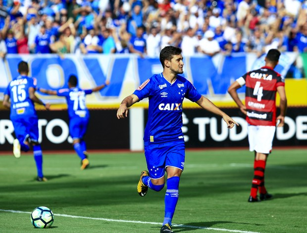 Arrascaeta faz seu primero gol nesta edição do Brasileiro