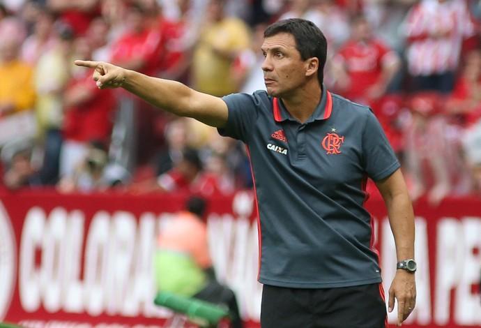 Zé Ricardo Internacional x Flamengo (Foto: MARCOS CUNHA/FATOPRESS/ESTADÃO CONTEÚDO)