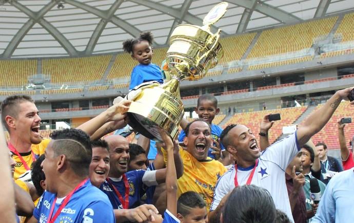 Nacional campeão amazonense 2015 (Foto: Marcos Dantas)