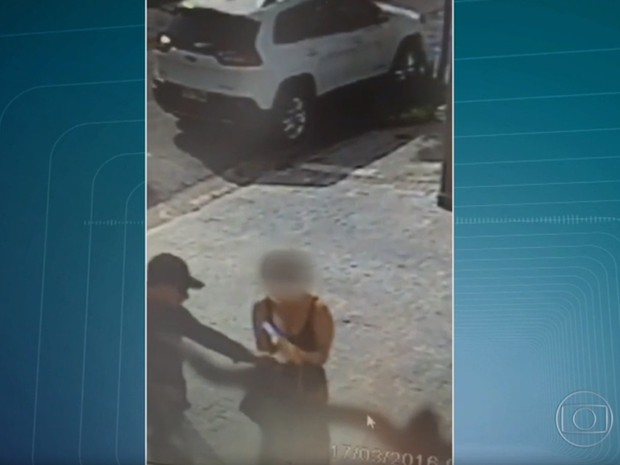 Assalto na região de Campo Belo, na Zona Sul de SP (Foto: Reprodução/TV Globo)