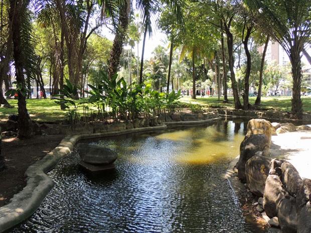 Decreto reconhece valor histórico e paisagístico dos jardins projetados por Burle Marx, como o da Praça do Derby (Foto: Marina Barbosa / G1)