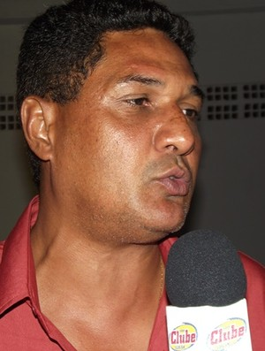 Flávio Barros, técnico do Sousa (Foto: Silas Batista / Globoesporte.com/pb)