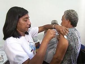 Vacinação contra H1N1 em Salvador (Foto: Reprodução/TV Bahia)