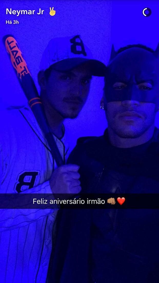 Gabriel Medina e Neymar (Foto: Reprodução)