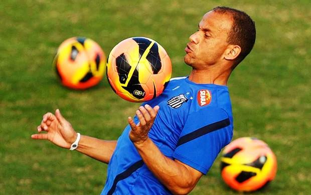 Léo, lateral do Santos (Foto: Ricardo Saibun / Divulgação Santos FC)