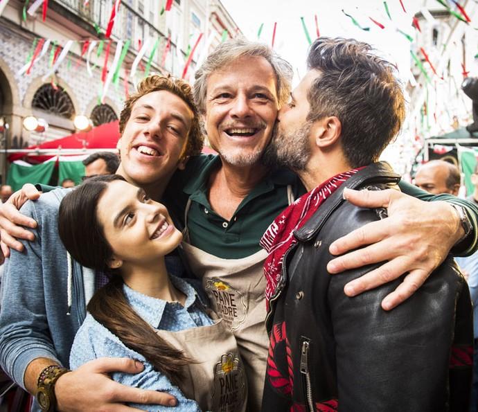 Na novela, Vittorio também é pai de Milena e Mario (Foto: João Miguel Júnior/Globo)