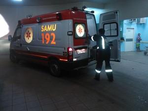 O Samu encaminhou a adolescente ao Pronto Socorro em estado grave (Foto: José Bruno)