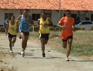 Atletas maranhenses treinam para a São Silvestre 2012 (Foto: Reprodução/TV Mirante)