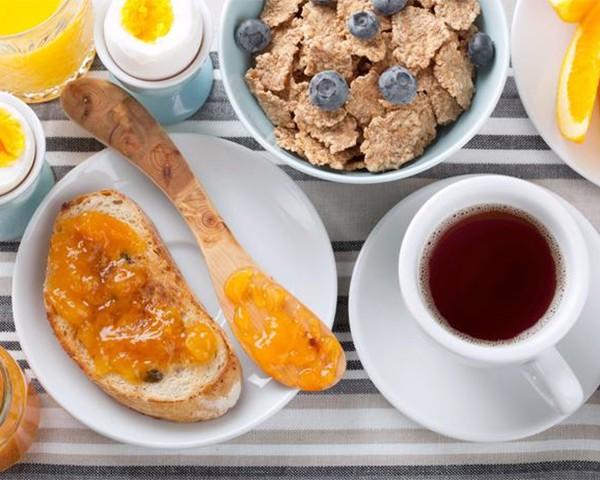 Café da manhã: é ou não é a refeição mais importante do dia? (Foto: Thinkstock)