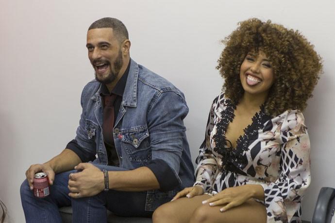 Carinha de felicidade: Daniel e Gabi Flor! (Foto: Artur Meninea/Gshow)