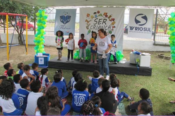 Projeto 'Ser Criança' aconteceu na AEDB em Resende (Foto: Carmen Aguiar)