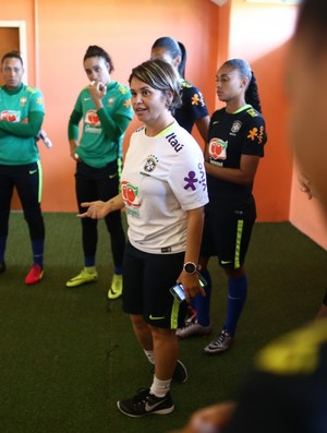 Sandra Santos, coaching esportiva da seleção brasileira feminina