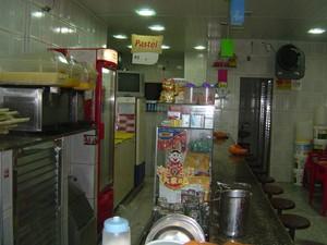 Pastelaria em parada de Lucas servia carne de cachorro aos clientes. (Foto: Divulgação / MPT)