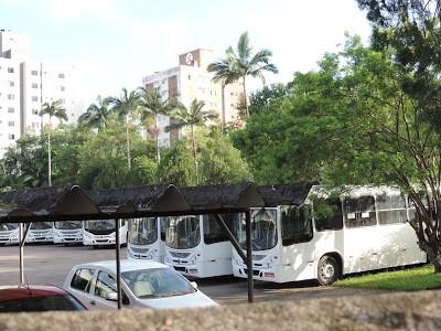 Veículos estão na garagem da empresa Nossa Senhora da Penha (Foto: Jaime Batista/Divulgação)