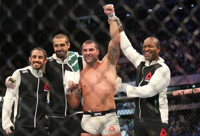Shogun x Anderson - UFC 198 (Foto: Giuliano Gomes/PR PRESS)