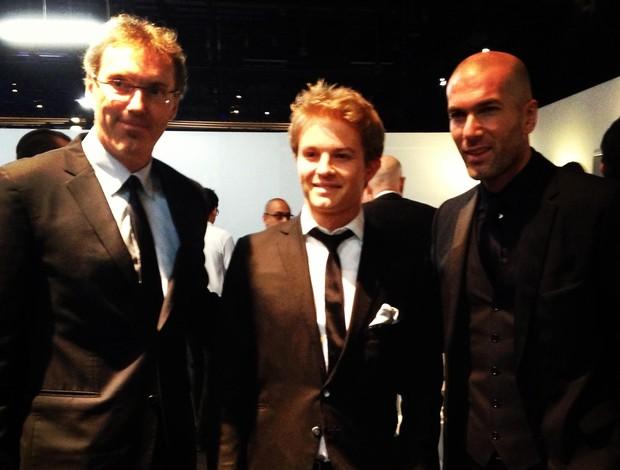 Nico Rosberg, Zinedine Zidane e Laurent Blanc (Foto: Reprodução)