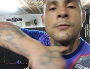Thiago Silva, do UFC, visita Porto Velho (RO) (Foto: Hugo Crippa)