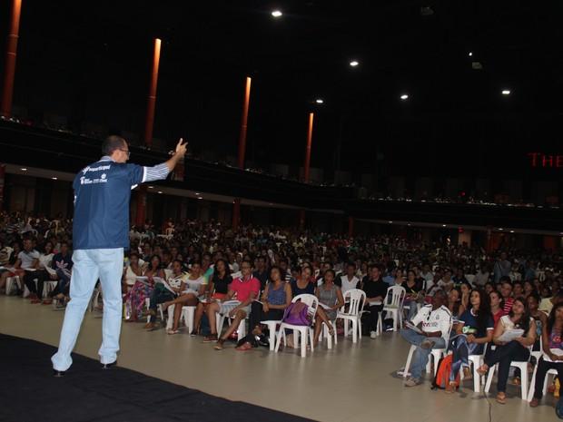 Revisão atraiu estudantes de várias cidades do Piauí (Foto: Gustavo Almeida/G1)