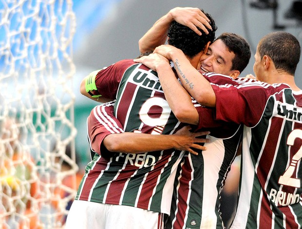 Fred comemora gol do Fluminense no Botafogo final carioca (Foto: Dhavid Normando / Photocamera)