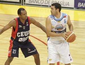 Nezinho Brasília basquete Liga Sul-Americana (Foto: Sergio Alberto / FIBA Americas)