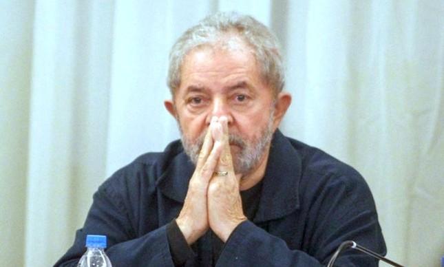 Ex-presidente Luiz Inácio Lula da Silva, na reunião do PT em São Paulo (Foto: Gabriela Bilo / Estadão)