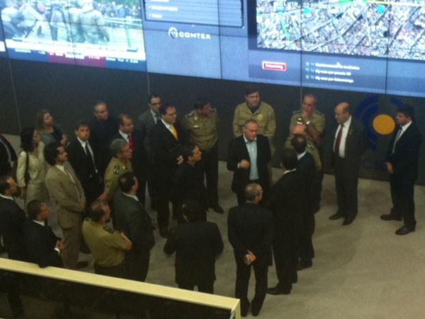 Governador e secretário de Segurança Pública do Rio inauguraram centro na manhã desta sexta (Foto: Mariucha Machado / G1)