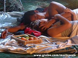 Mais apaixonados do que nunca, Ben e Anita têm sua primeira noite de amor (Foto: Malhação / TV Globo)