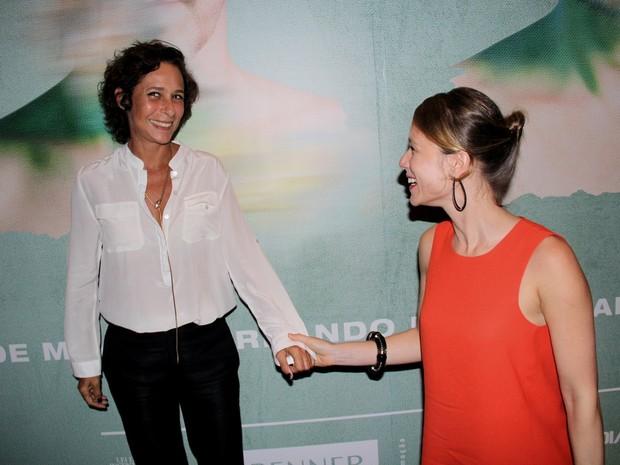 Andréa Beltrão e Mariana Ximenes em estreia de peça na Zona Sul do Rio (Foto: Alex Palarea/ Ag. News)