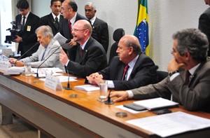 Reunião da comissão especial designada para analisar a MP do Código Florestal (Foto: Leonardo Prado/Agência Câmara)