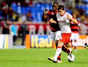 Dagoberto na partida contra o Flamengo (Foto: Alexandre Lopes / Inter, DVG)