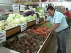 Tempo frio e chuvoso altera preços de produtos agrícolas na região