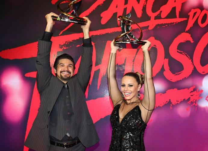 Troféu dos vencedores (Foto: Carol Caminha/ Gshow)