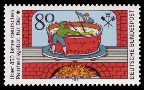 Foto (Foto: Aniversário de 450 anos da lei foi comemorado com selo)