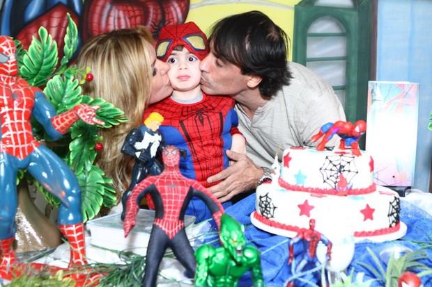 Myrian Martin comemora aniversário do filho (Foto: Raphael Mesquita / Foto Rio News)