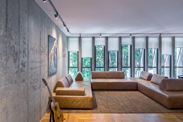 Apartamento em Brasília destaca a beleza do concreto (Foto: Haruo Mikami/Divulgação)
