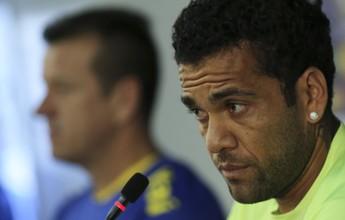 """Comentarista rebate declaração de  Daniel Alves: """"Não mistura as bolas"""""""