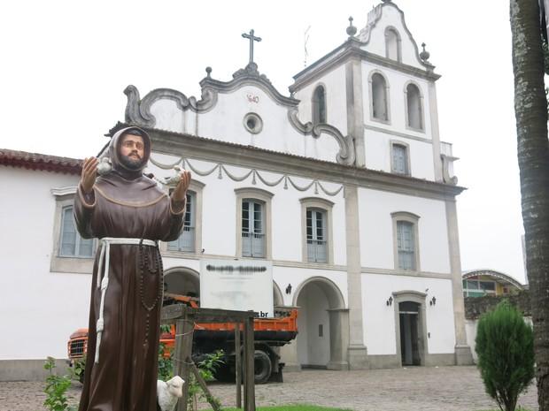 """Santo Antônio """"se recusou"""" a sair da Igreja do Valongo (Foto: Anna Gabriela Ribeiro / G1)"""