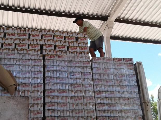 Carga de bebida alcoólica que tinha origem em Pernambuco e estava destinada ao estado do Pará (Foto: Divulgação/Sefaz)