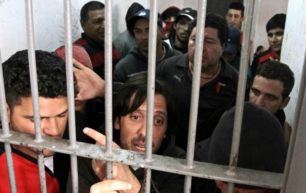 Torcida Colón Santa Fé (Foto: Reuters)