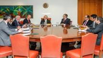 Senadores sergipanos entregam carta a Temer (Divulgação/Assessoria)