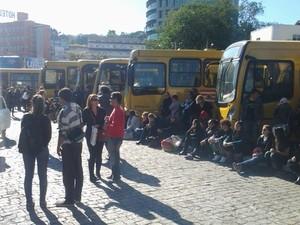 Paralisação dos funcionários do transporte público foi em solidariedade aos servidores (Foto: Mauricio Cattani/Divulgação)