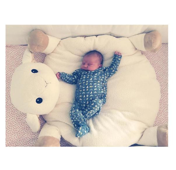 Daisy, filha de Olivia Wilde (Foto: Reprodução/Instagram)