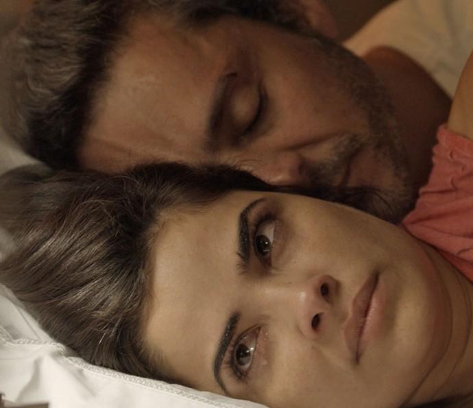 Será que Tóia fará algo contra o marido? (Foto: TV Globo)