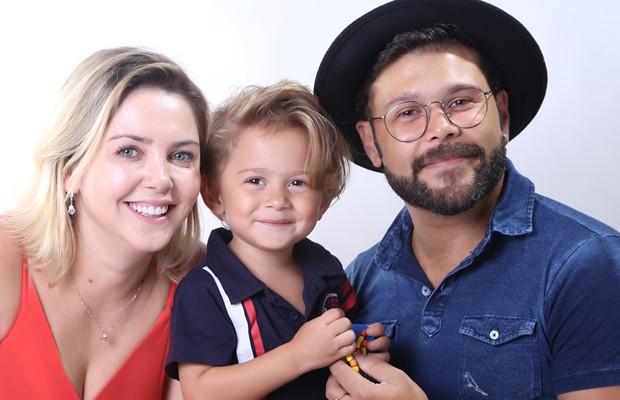 Lu Marchioto, Léo Marcos e o cantor Marcos (Foto: Roni Sanches)
