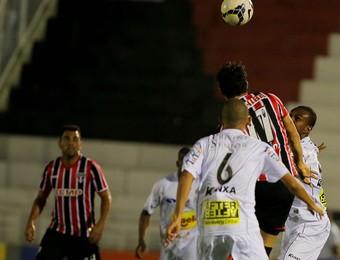 Bragantino x São Paulo Copa do Brasil (Foto: Célio Messias/Vipcomm)