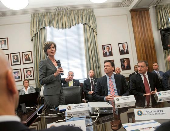 A ex-procuradora geral de Justiça,Sally Yates.Ela foi demitida sumariamente por se recusar a cumprir ordem de Trump (Foto: SAUL LOEB/AFP)