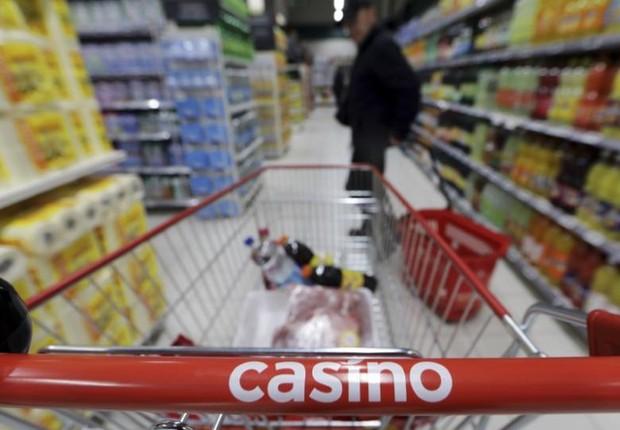 Supermercado da rede Casino na França (Foto: Eric Gaillard/Reuters)