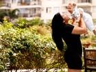Fofura! Priscila Pires posa com o filho, Gabriel em ensaio exclusivo para o EGO