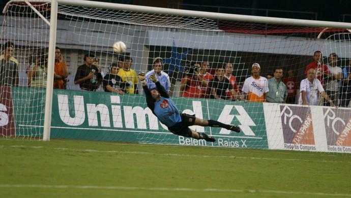 Ronaldo foi decisivo nas conquistas estaduais do Paysandu em 2005 e 2006 (Foto: Antonio Silva)
